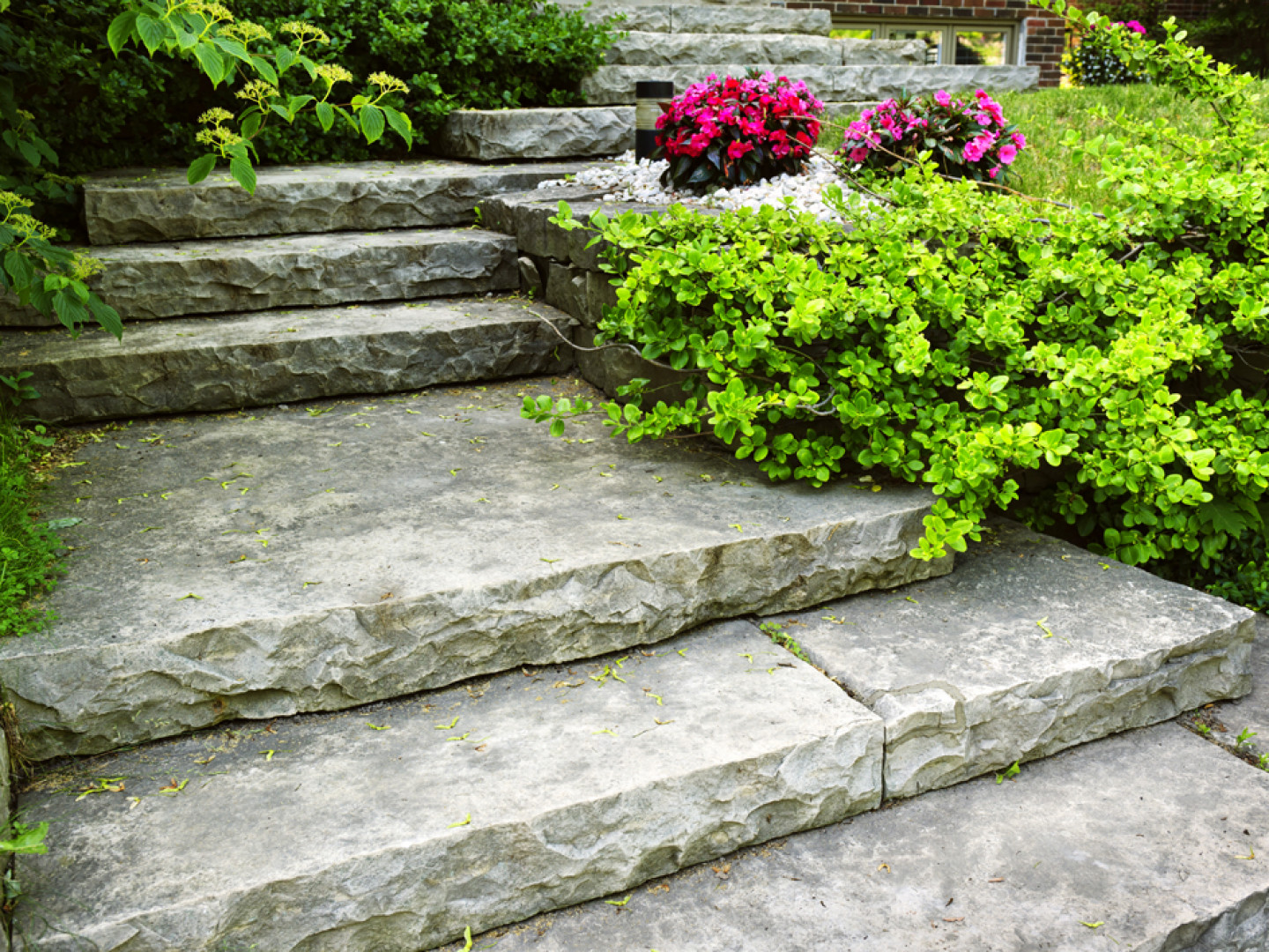 How can you use natural stone?